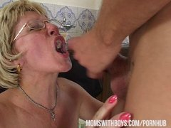 Бабка берёт в рот фото 259-375